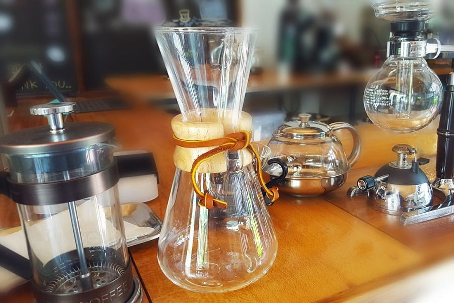 French Press Vs Chemex Vs Aeropress Vs Pour Over: Which Is The Best Manual Method?